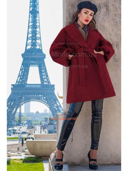 Жіноче розкльошене пальто для повних