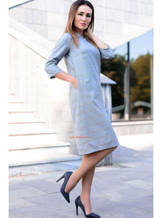 Женское деловое платье для полных девушек