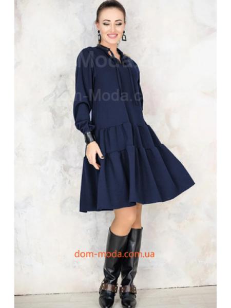 Стильное женское платье свободного кроя