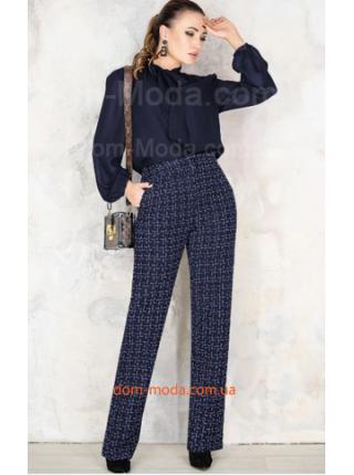 Стильні брюки для повних жінок