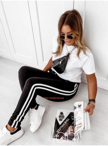 Стильні жіночі спортивні штани з полосками