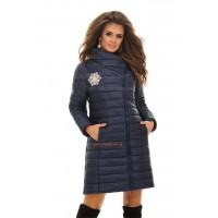 Элегантная зимняя куртка с вышивкой
