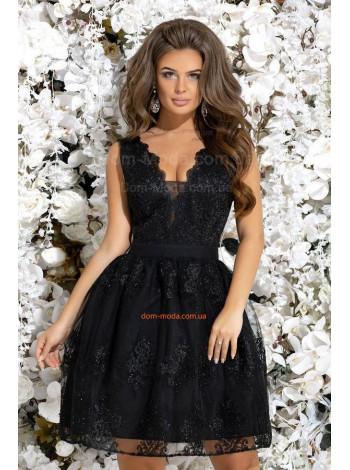 Красивое короткое платье на выпускной