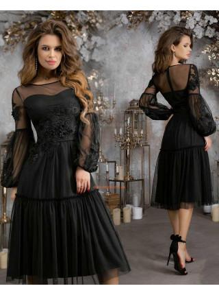 Женское вечернее платье миди с пышной юбкой