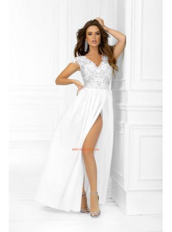 Вечернее макси платье с откровенным вырезом на юбке