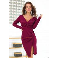 Сексуальное вечернее платье с глубоким декольте