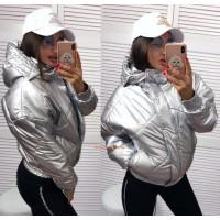Женская блестящая куртка с капюшоном