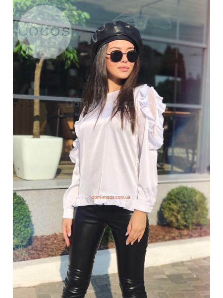 Белая шелковая блузка с длинным рукавом