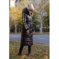 Модна подовжена куртка на синтепоні з капюшоном