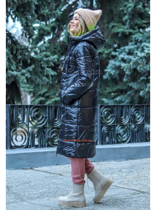 Длинная женская куртка прямого кроя