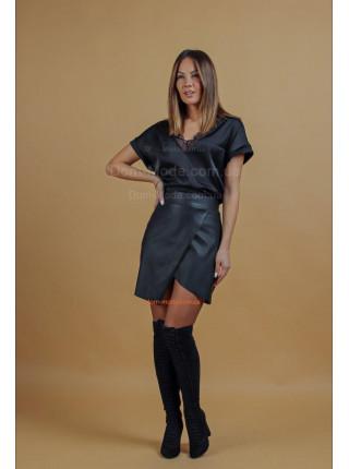 Чорна шкіряна юбка жіноча