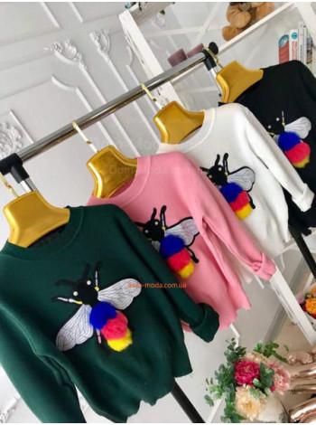 """Модний жіночий светр """"Бджілка"""""""