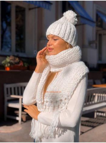 Комплект в'язана шапка і шарф