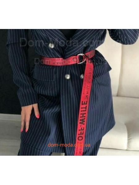 Модний брючний костюм в полоску із подовженим піджаком