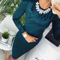 Женское нарядное бархатное платье с украшением