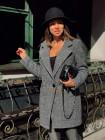 Демісезонне тепле пальто на ґудзиках
