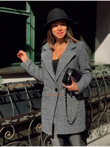 Демисезонное теплое пальто на пуговицах