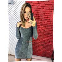 Коротка облягаюча сукня із довгим рукавом