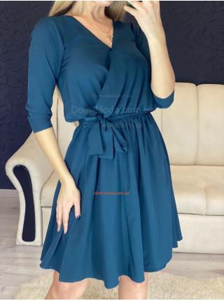 Стильне плаття на запах із рукавом три чверті
