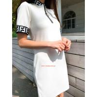 Літня трикотажна сукня із коротким рукавом