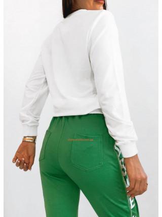 Жіночий модний білий світшот з принтом