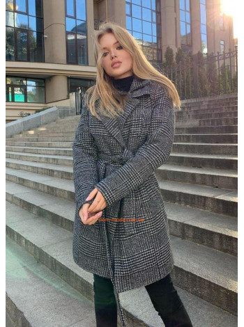Клетчатое пальто женское