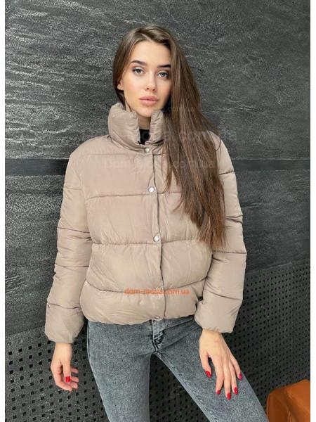 Дутая куртка женская