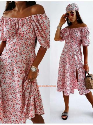 Сукня в квіточку з розрізом