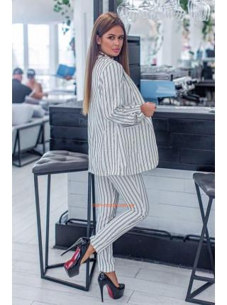 Модный брючный полосатый костюм