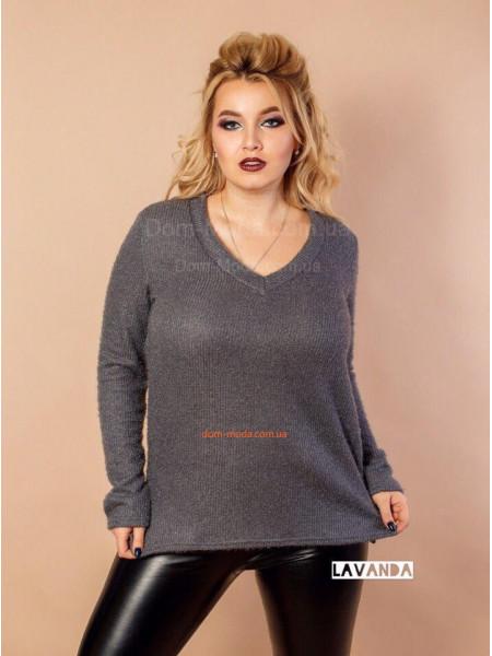 Модний жіночий светр для повних дівчат