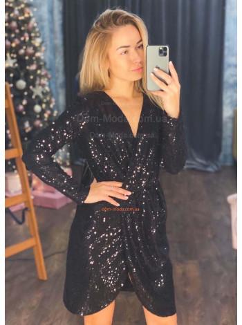 Вечірнє плаття з паєток з розрізом
