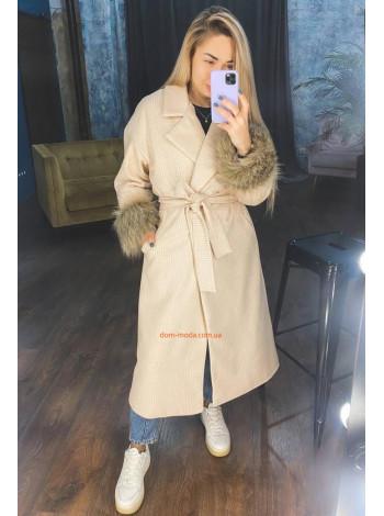 Женское теплое пальто с мехом