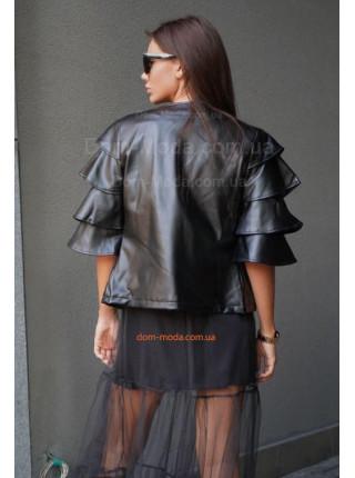 Кожаная куртка с объемными рукавами