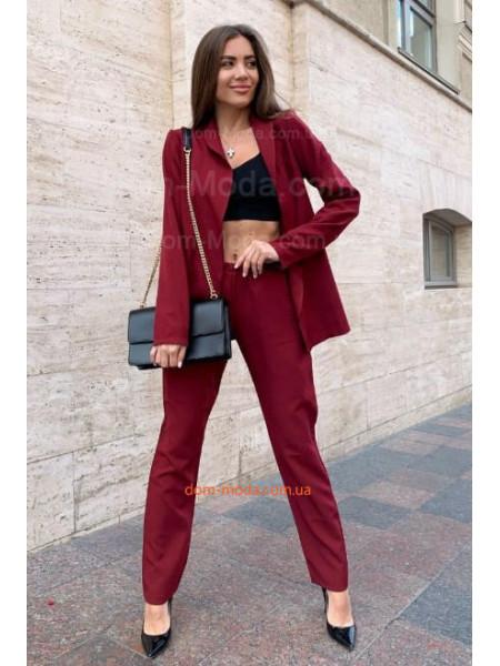 Жіночий костюм: брюки і піджак
