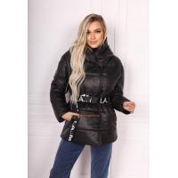 Коротка зимова куртка жіноча