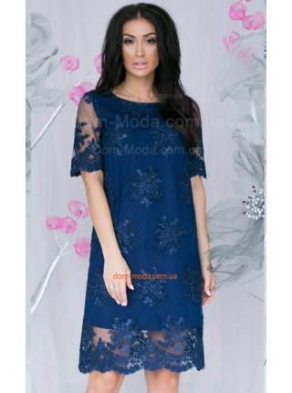 Коротка вечірня сукню із вишивкою