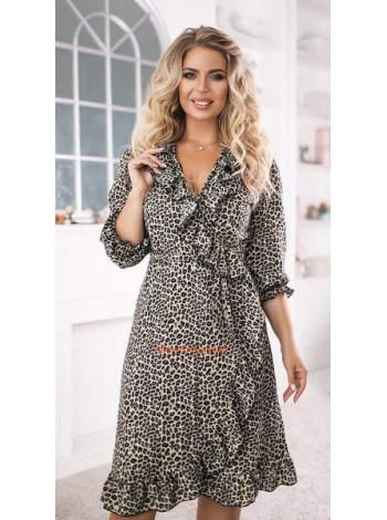 Коротке стильне плаття із рюшами для повних