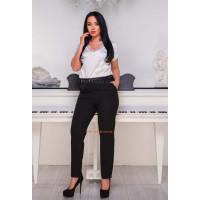 Стильные классические брюки с завышенной талией
