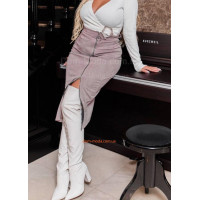 Женская замшевая юбка за колено