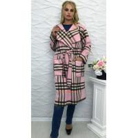 Пальто в клітинку для повних жінок