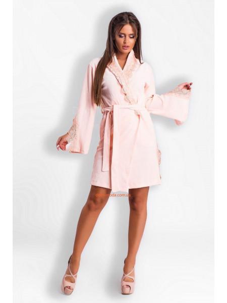 Короткий велюровый халат женский с кружевом