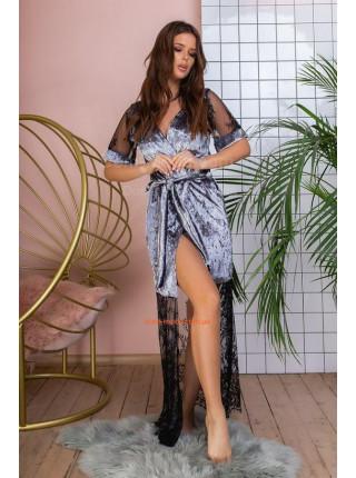 Длинный велюровый халат с кружевом