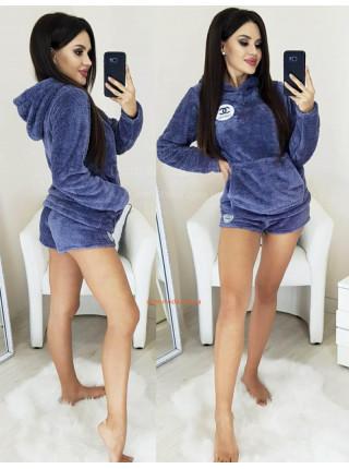 Махровая пижама с шортами и кофтой
