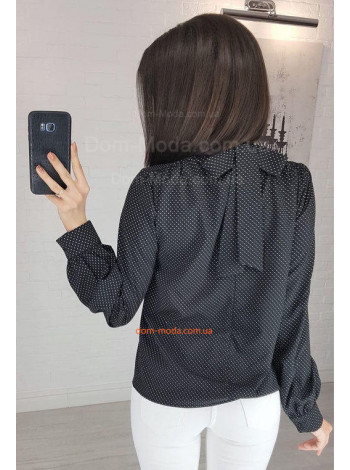 Женская блузка в мелкий горошек