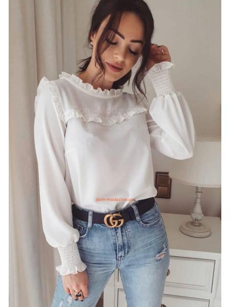Женская шифоновая блузка с рюшами