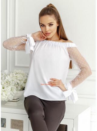 Нарядна жіноча блузка з відкритими плечима і довгими рукавами