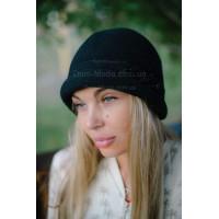 Модная женская шляпа клош