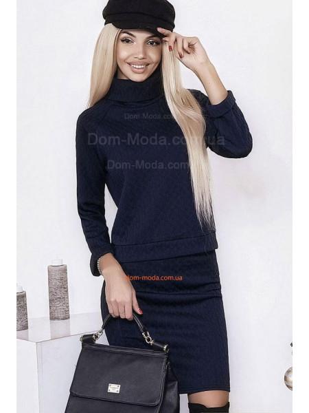 Женский костюм свитер и юбка