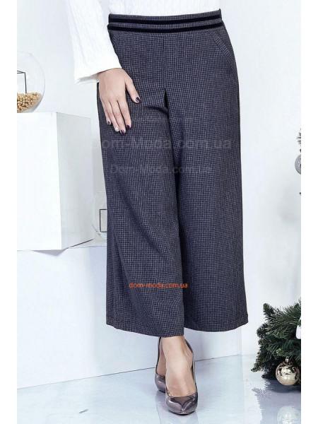 Короткі брюки кльош