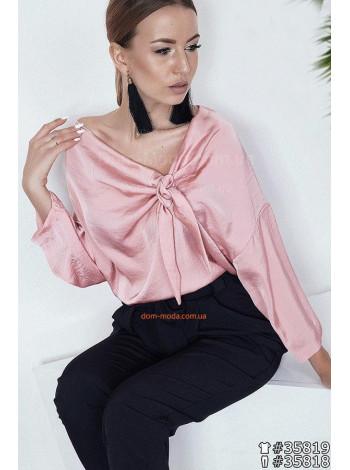 Нарядна шовкова блузка вільного крою